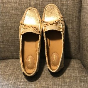 Clarks Leather Boat Shoes size 6 gold